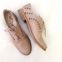 """Sam Edelman Jayna Nude Studded Oxford This is a great spring/summer statement piece for your feet. Nude color. True to size. Almond cap toe with studs. Leather upper. Lace-up with laser cut side details with studs. Stacked .75"""" heel. I wore this pair only one time. Doesn't come with original box. No trade or PayPal request please! Thanks! Sam Edelman Shoes"""