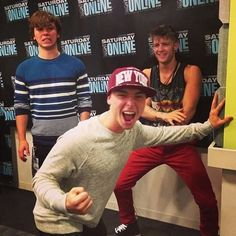 Emblem3- Haha cant get over Drew's and Keaton's faces!