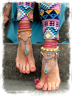 Bikini PEACOCK Feather BAREFOOT sandals Hot Pink Toe por GPyoga, $88.00