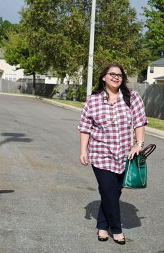 Plaid top from @Thread & Butter, Twiggy Z jeans from @James Jeans #plussizefashion #plussize #fall