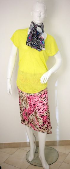 VERSACE CLASSIC PINK PATTERNED SKIRT-UK 10-WHISTLES SWEATER TOP-PEACOCK SCARF
