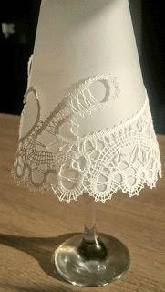Idrian lace chandelier - Od MeNe Za TeBe - v čipko ujeta svetloba Doily Art, Bobbin Lacemaking, Types Of Lace, Doilies, Handmade, Inspiration, Decor, Tulips, Dots