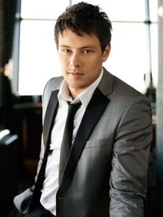 R.I.P Corey Monteith we lov and miss you more than anything. you ar enever forgotten stay strong my man Leah is staying strong for you we lov you corey
