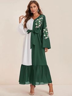Indian Gowns Dresses, Indian Fashion Dresses, Fashion Outfits, Mode Abaya, Mode Hijab, Poplin Dress, Belted Dress, Long Skirt Outfits, Pakistani Fashion Casual