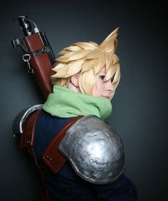 Cloud Strife Cosplay...the hair!!