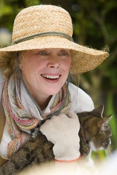 Sissy Spacek is an Academy Award-winning American actress and singer. She came to international prominence for her roles as Holly Sargis in Terrence Malick's 1973 film Badlands, and as Carrie White in . Celebrities With Cats, Celebs, Martin Scorsese, Stanley Kubrick, Sissy Spacek, Carrie White, Fritz Lang, Advanced Style, Ageless Beauty
