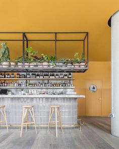 Treves & Hyde is East London's latest venue preserving its unrivalled bar and restaurant scene. Yellow Restaurant, Design Bar Restaurant, Hotel Restaurant, Restaurant Concept, Chinese Restaurant, Cafe Shop, Cafe Bar, Cafe Interior, Interior Design