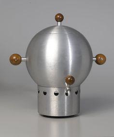 Russel Wright. Coffee Urn, ca. 1935 Brooklyn Museum