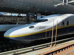 Joetsu Shinkansen Max Toki train at Tokyo Station.