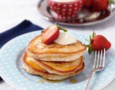 Prøv den ultimate oppskrift på amerikanske pannekaker til helgefrokosten eller som dessert.