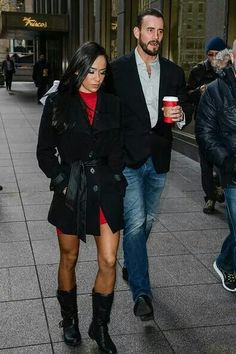 AJ and Punk. She looks fabulous here. She always look fabulous I really love her style and they make a cute couple!!!!!