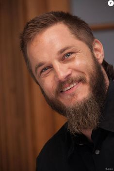 Celebrities - Travis Fimmel Photos collection You can visit our site to see other photos. Vikings Travis Fimmel, Travis Vikings, Ragnar Lothbrok Vikings, Hair Scrub, Non Plus Ultra, Viking Beard, Australian Actors, Ryan Hurst, Tv Actors