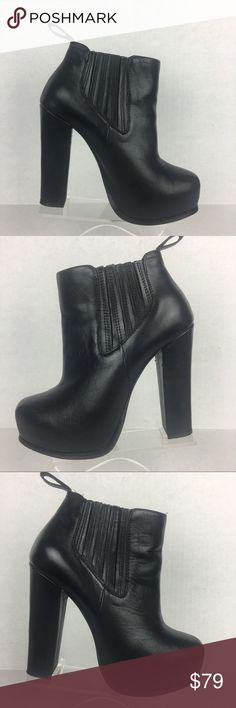 Steve Madden Saffronn Leather Platform Boots 6 STEVE MADDEN BLACK LEATHER BOOTS6 Preowned/used- Very Good condition. With minor visible wear on the heels. There is some scuffing. Please see pictures  Size:6 Color: Black Lower Shaft Circumference: 11'' Boots shaft Height: 3'' Heels high 4 ATTENTION: Color might have slight variances between the real product and the image show in the listing  THANKS FOR VISINTING MY STORE! Steve Madden Shoes Ankle Boots & Booties