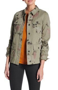 13d4f5edb92 Coffee Shop - Floral Camo Twill Shirt Jacket College Outfits