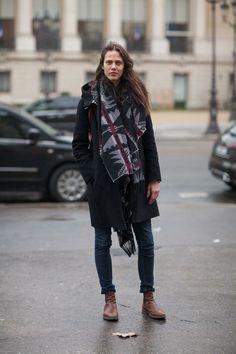Ameyline Valade lets her western printed scarf speak volumes #pfw Street Style Paris #Fashion Week Fall 2013