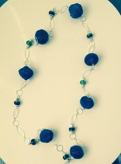 Anna Meroni, necklace - Metal, beads, corrugated cardboard - Collana con perle di cartoncino ondulato