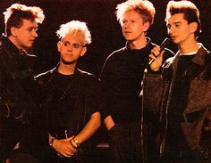 Martin L, Martin Gore, Great Bands, Cool Bands, Band Pictures, Forever Grateful, Black Gloves, David Bowie, In A Heartbeat