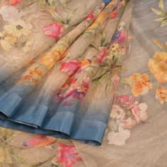Hand Printed Linen Saree With Floral and Bird Motifs 10011819 - AVISHYA.COM