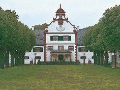 'Das Jagdschloss Kranichstein' von Dirk h. Wendt bei artflakes.com als Poster oder Kunstdruck $18.03