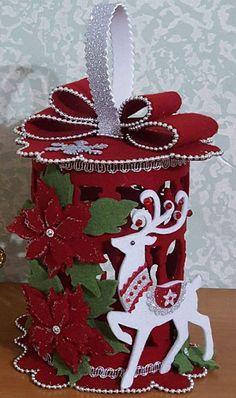Best 11 Easy & Creative Crafts Ideas With Old Socks – SkillOfKing. Christmas Lanterns, Easy Christmas Crafts, Felt Christmas, Christmas Projects, Simple Christmas, Winter Christmas, Christmas Time, Christmas Wreaths, Christmas Cards