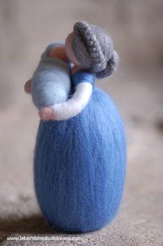 Nonna in lana fiaba ispirazione Waldorf