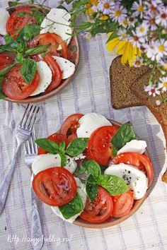 Капрезе. #caprese, #basil, #tomatoes, #food, #recipes, #tasty, #recipe, #tomato