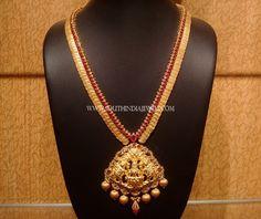 Gold Antique Lakshmi Kasumalai from NAJ ~ South India Jewels 1 Gram Gold Jewellery, Gold Jewellery Design, Antique Jewellery, Short Necklace, Coin Necklace, Mango Necklace, Gold Earrings Designs, Necklace Designs, Gold Designs