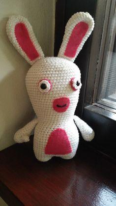 Crochet amigurumi lapin crétin