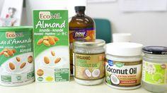 糖質オフダイエットランチに登場する「バージンココナッツオイルとアーモンドミルク、そしてMCTオイル」です(^^)/