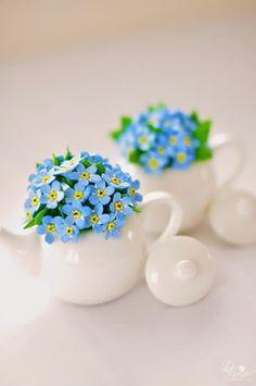 Beautiful Flowers Photos, Beautiful Flower Arrangements, Flower Photos, Floral Arrangements, Clay Flowers, Sugar Flowers, Flowers Nature, Spring Flowers, Little Flowers