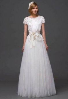 Alberta Ferretti, abito da sposa peplum