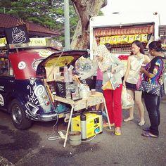 #malaysian #ilovemalaysia #coffeetime #coffee #yourcoffee #laoscoffee #deltacoffee #melaka #visitmalaysia #trulyasia #kopi #rockycafe #cafe #outdoorcafe #igerssmelaka