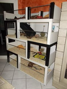 Ik a hack with Lack tables Guinea Pig Hutch, Guinea Pig House, Hamster House, Pet Guinea Pigs, Cage Hamster, Gerbil Cages, Bunny Cages, Cage Rat, Pet Cage