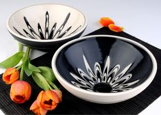 Rowena Gilbert is the maker of beautiful British contemporary ceramics; vases and bowls. Her style focuses on the fusion of strong design with stunning patterns Ceramic Pots, Ceramic Tableware, Ceramic Pottery, Thrown Pottery, Ceramics Projects, Ceramic Design, Contemporary Ceramics, Plates And Bowls, Decoration