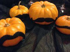 Mustache Pumpkins - super simple super cute #DIY #Halloween decoration