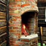 Perinnetulisijat - HS Muuraus ja Laatoitus Oy Wood Projects, Woodworking Projects, Brick Oven Outdoor, Pallet Patio, Cabins And Cottages, Peaceful Places, Cottage Design, Garden Structures, Diy Sauna