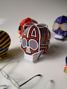 OLD SKULL papertoy by Khaa PINS!
