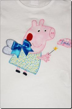 un nuevo vestido Peppa Pig, Hello Kitty, Fictional Characters, Dress, World Crafts, Blue Prints, Fantasy Characters