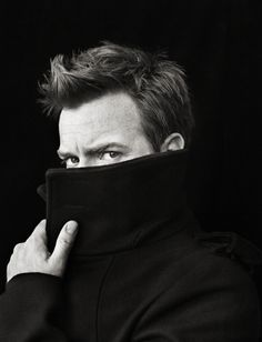 seriously...w/ the rest of his face blocked this picture of mr mcgregor could totally be my husband!!!!