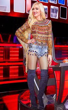 Gwen Stefani The Voice, Gwen Stefani No Doubt, Gwen Stefani Style, Gwen Stefani Fashion, Gwen Stefani Pictures, Elizabeth Kubler Ross, Sequin Pants, Asymmetrical Tops, Fashion Night