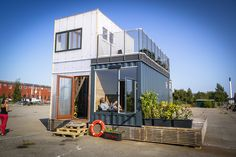 Container House - Shipping container homes utilize the leftover steel boxes used in oversea transportation. Check out the best design ideas here. Who Else Wants Simple Step-By-Step Plans To Design And Build A Container Home From Scratch? Container Home Designs, Storage Container Homes, Shipping Container Homes, Shipping Containers, Storage Containers, Building A Container Home, Container Buildings, Container Architecture, Container House Plans