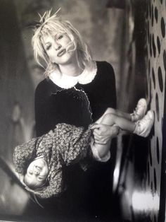Courtney Love and Frances Bean <3