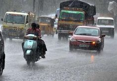 Chennai Metrological Centre says that north part of Tamil Nadu has possibility to receive heavy rainfall today. #WeatherUpdates www.chennaiungalkaiyil.com