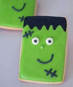 Basic Cookie Cutter Shapes: A Rectangular Frankenstein for Halloween! | Make Me Cake Me
