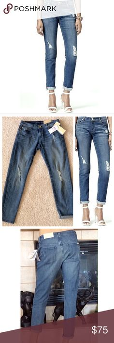Michael Kors distressed cropped trendy jean Brand new with $125 tags. Size 6. Cuff them, roll them, wear them all the way down, the possibilities are endless! Seriously AMAZING- grab before someone else does! ☺💗 Michael Kors Jeans Ankle & Cropped