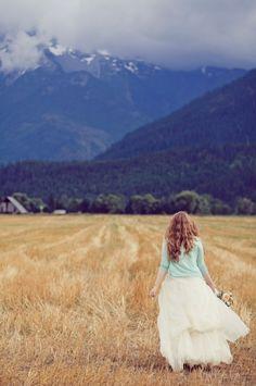 Fluffy white dress + baby blue sweater + mountains + golden field = bliss <3