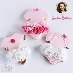 50 Girl Baby Shower Desserts from Easy to Elaborate Baby Girl Cookies, Onesie Cookies, Baby Shower Cookies, Pink Champagne Cupcakes, Pink Velvet Cupcakes, Gateau Baby Shower, Baby Shower Desserts, Flower Cookies, Cookie Bouquet