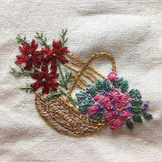 -2016/11/09 월요클래스 수강생 창문가리개중의 또 하나~ . 수강생 작품 대신 올려 놓고  몇일동안 여행 다녀오겠습니다. . I will take a trip to Japan for a couple of day;) See u soon in Instagram<3 . . . . . .  By Alley's home #embroidery#knitting#crochet#crossstitch#handmade#homedecor#needlework#antique#vintage#pottery#flower#ribbonembroidery#quilt#프랑스자수#진해프랑스자수#창원프랑스자수#리본자수#프랑스자수스티치북#창원프랑스자수수업#진해프랑스자수수업#실크리본자수#자수브로치#자수코사지#앨리의프랑스자수#자수소품#손자수#리본자수수업#실크리본자수#꽃바구니자수
