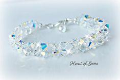 Crystal Bracelets, Pearl Bracelet, Crystal Jewelry, Bracelet Crafts, Bracelet Patterns, Bridal Jewelry, Swarovski Crystals, Jewelry Making, Healing