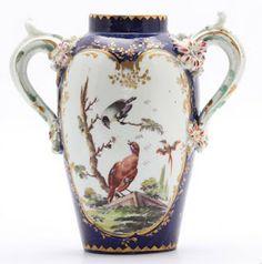 Large Derby porcelain vase, England 1758-1760